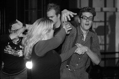 dansers tijdens embrun